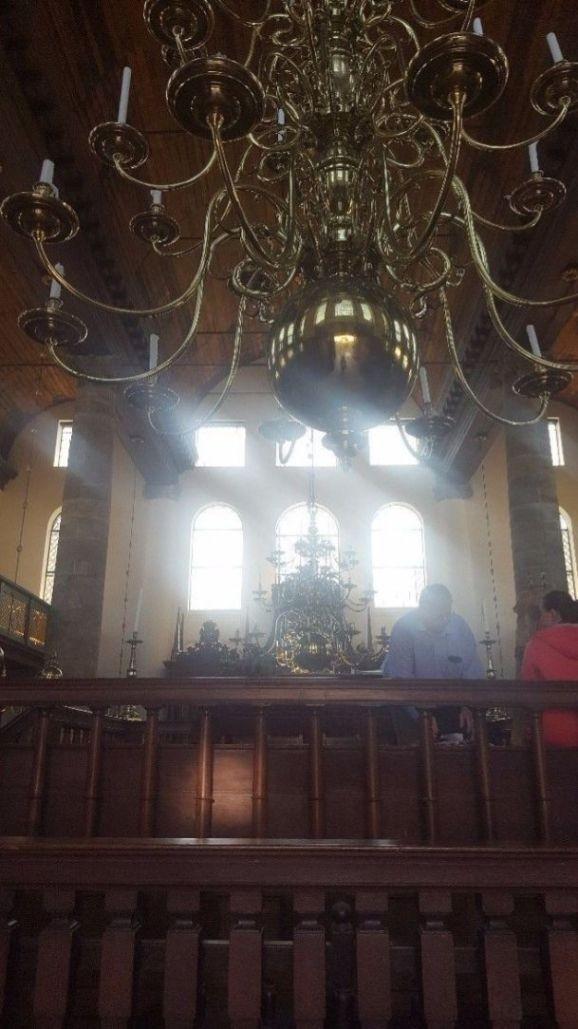 נברשת בבית הכנסת הפורטוגזי