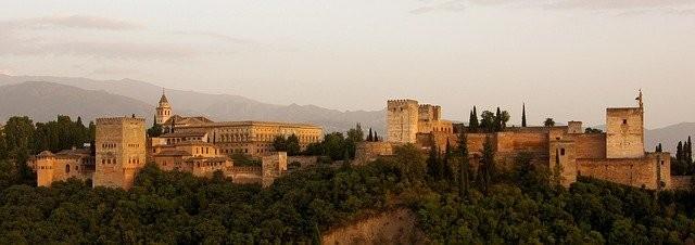 ארמון אלהמברה בספרד
